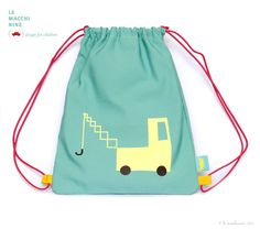 SMALL BACKPACK (25 x 32 cm) Panama cotton 320 gr/mqMachine washable 30°Made in Italy http://www.lemacchinineshop.it/product/tow-truck-aquamarine