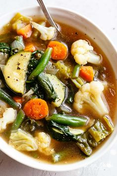Keto Vegetable soup Recipes is Among the Favorite soup Recipes Of Several Persons Around the World. Besides Simple to Produce and Great Taste, This Keto Vegetable soup Recipes Also Healthy Indeed. Low Carb Vegetable Soup, Homemade Vegetable Soups, Low Carb Vegetables, Vegetable Soup Recipes, Healthy Soup Recipes, Low Carb Soups, Detox Vegetable Soup, Vegetable Salad, Salad Recipes