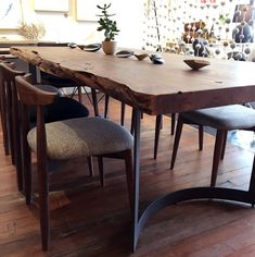 41 Classy Rustic Farmhouse Dining Room Home Design 2019 diningtabledecor « knoc knock Dinning Room Tables, Dining Room Design, Table And Chairs, Room Chairs, 12 Person Dining Table, Lounge Chairs, Table Runners, Dining Chairs, Live Edge Tisch
