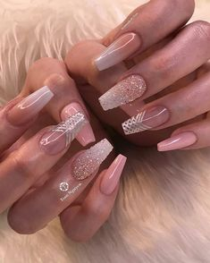 Semi-permanent varnish, false nails, patches: which manicure to choose? - My Nails Best Acrylic Nails, Cute Acrylic Nails, Acrylic Nail Designs, Nail Art Designs, Design Art, Fancy Nails, Trendy Nails, Cute Nails, My Nails