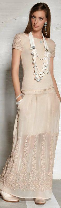 Elisa Cavaletti spring summer 2015 Bohemian Mode, Bohemian Style, Skirt Outfits, Cool Outfits, Bohemian Schick, Elisa Cavaletti, Look Fashion, Womens Fashion, Vintage Mode