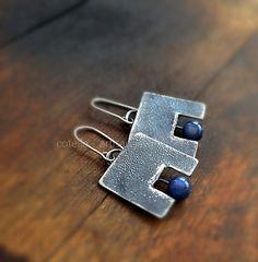Cyanite bleu boucle d'oreille et brut bijoux par COTELLE sur Etsy