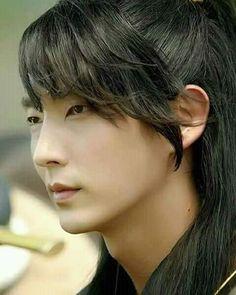 Korean Celebrities, Korean Actors, Asian Actors, Lee Joon Gi Wallpaper, Lee Jong Ki, Moon Lovers Drama, Wang So, Lee Jung, Scarlet Heart