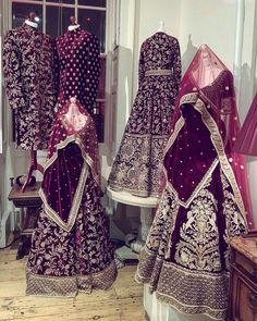 15 Super Ideas For Indian Bridal Outfits Sabyasachi Brides Pakistani Wedding Outfits, Indian Bridal Outfits, Indian Bridal Lehenga, Indian Bridal Wear, Red Lehenga, Pakistani Bridal, Pakistani Dresses, Indian Dresses, Bridal Dresses