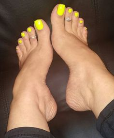 Only Sexy Feet & Toes — crazysexytoes: Stunning Pretty Toe Nails, Cute Toe Nails, Pretty Toes, Feet Soles, Women's Feet, Pies Sexy, Nice Toes, Foot Pedicure, Pink Pedicure