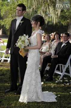 Gorgeous lace bridal gown at a Louisiana outdoor wedding