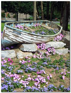 10 Ways to Create a Garden in an Old Boat:  Why not use it for vegetables, edible flowers and herbs?