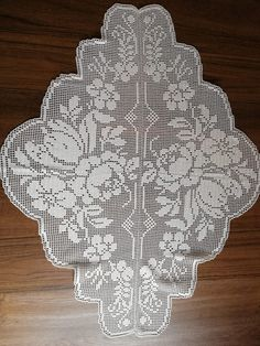 Crochet Placemats, Crochet Doily Patterns, Crochet Doilies, Crochet Edgings, Crochet Books, Crochet Art, Filet Crochet Charts, Animal Print Rug, Needlework