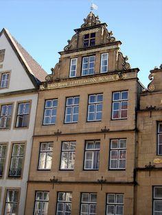 Das Bankhaus Lampe am alten Markt in #Bielefeld