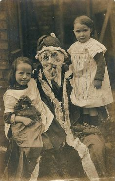 Les photographies inquiétantes du Père Noël au siècle dernier - creepy Santa