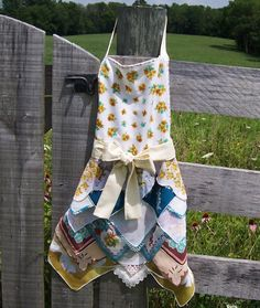 Thanksgiving Apron from Vintage Handkerchiefs Hostess Gourmet Gift Farmhouse…