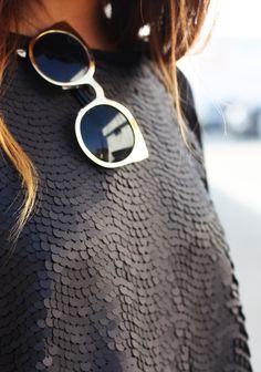 Eye for Detail - matte, black sequins - monstylepin #fashion #illustration #matte #sequins #sweater