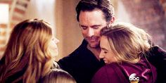 3x16 Deacon, Rayna, Maddie, and Daphne