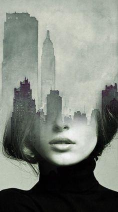 the fusion of the form of a face with an idea, here its the city shapes could be used in many different ways. • il s'agit d'une photo du bas de visage d'une femme qui est un peu superposé avec le haut de gratte-ciel peint à l'aquarelle, l'œuvre complète e