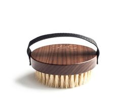 The Stass & Co Body Brush is an all natural, vegan friendly, luxurious product. The perfect addition to any self-care arsenal, bathroom, hotel room or spa.