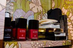 Dans la salle de bain de Vanessa Seward http://www.vogue.fr/beaute/dans-la-salle-de-bain-de/diaporama/dans-la-salle-de-bain-de-vanessa-seward/10957/image/652102#le-s-produit-s-qui-ne-vous-quittent-jamais