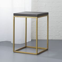 zemi side table-stool Need to see in person, but this may be perfect for my living room! Unique Coffee Table, Modern Side Table, Coffee Tables, Wire Side Table, Tiny House Storage, Modern Ottoman, My Living Room, Living Area, End Tables