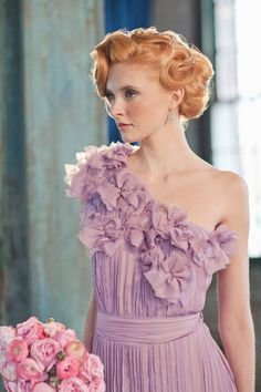 A redhead in a purple dress-- stunning! Floral Design: Designs By Ahn,Photography: Matthew Lee of CLY Creation,Styling: Jill La Fleur Veil Hairstyles, Retro Hairstyles, Wedding Hairstyles, Bridal Hairstyle, Homecoming Hairstyles, Updo Hairstyle, Party Hairstyles, Silver Color Palette, Hair Inspiration