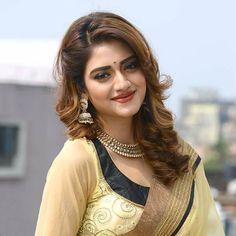 Indian Bengali film actress Nusrat Jahan best picture and wallpaper gallery. Best hd image gallery of actress Nusrat Jahan. Beautiful Girl Indian, Most Beautiful Indian Actress, Beautiful Girl Image, Beautiful Actresses, Beauty Full Girl, Beauty Women, Front Hair Styles, Cute Girl Face, Most Beautiful Faces