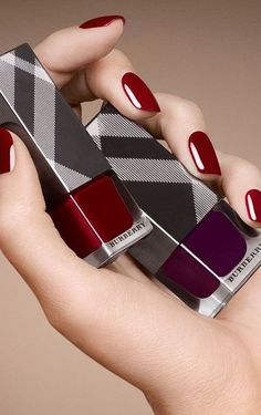 Discover Beauty & Fragrance from Burberry. Shop a collection of runway-inspired beauty looks featuring Burberry Lips, Skin & Glow, Eyes and fragrances. Burberry Nails, Burberry Makeup, Get Nails, Hair And Nails, My Beauty, Beauty Nails, Runway Nails, Peeling, Gorgeous Nails