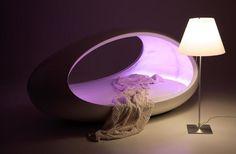 Lomme Egg-Shaped Bed
