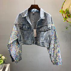 Denim jacket with glitter arms summer – Outdoor Wedding Decorations 2019 Denim Fashion, Trendy Fashion, Fashion Outfits, Trendy Style, Denim Outfits, Cute Casual Outfits, Jean Diy, Glitter Jacket, Sequin Jacket