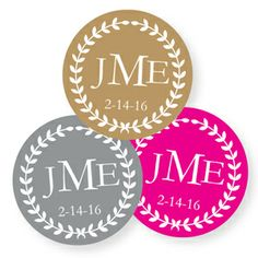 Wedding Favors & Party Supplies - Favors and Flowers :: Favor Packaging :: Hang Tags and Stickers :: Round Shaped Personalized Hang Tags and Stickers :: Fanciful Wreath Personalized Round Labels - 20 pieces