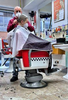 Barber Chair, Capes, Barber Shop, Haircuts, Baby Strollers, Children, Furniture, Shopping, Home Decor