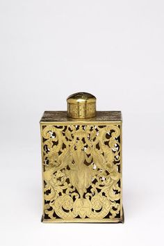 Tea caddy or tobacco box | A tea caddy is a closed container for dry tea, used as part of a tea service. The term caddy (originally 'catti') is derived from the Malay word kati, which was a unit of measure used exclusively for tea. A kati equalled about 600 grams--the weight of the standard 18th century packet of tea.