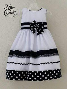 Little Girl Outfits, Little Dresses, Kids Outfits, Girls Dresses, Summer Dresses, Kids Dress Wear, Baby Dress, Baby Girl Christmas Dresses, Antique Clothing