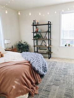 VSCO - thanks for so many republishes and favs!! 🤩🤩   ryancarson Teen Bedroom, Bedroom Ideas, Bedroom Inspo, Home Bedroom, Tumblr Bedroom, Master Bedroom Interior, Bedroom Decor, Roomspiration, Bedroom Bookshelf