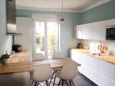 Cuisine Ikea voxtorp scandinave Chaises hautes eames