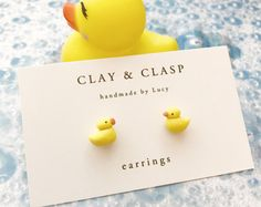 Duck Earrings beautiful handmade polymer clay jewellery by Cute Polymer Clay, Polymer Clay Miniatures, Polymer Clay Charms, Polymer Clay Projects, Diy Clay, Handmade Polymer Clay, Polymer Clay Earrings, Clay Crafts, Biscuit