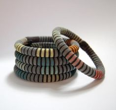 Elinor Voytal's amazing knit jewellery