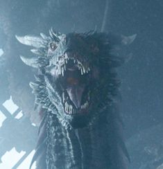 Drogon Looking at Jon season 8 ep 6 2019