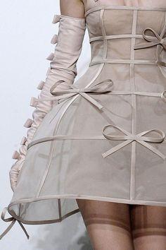 Valentino | Fall/Winter 2010 Couture