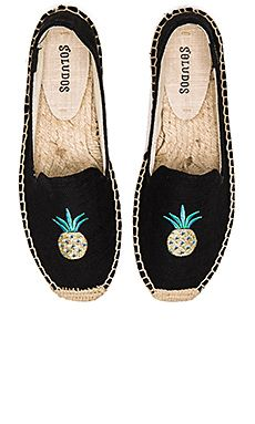 Soludos Smoking Slipper Embroidery in Pineapple Black