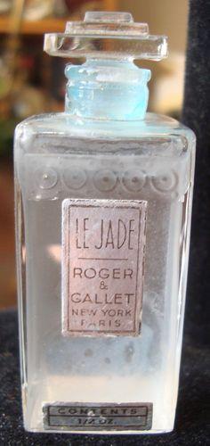 Le Jade, Roger & Gallet Perfume Bottle