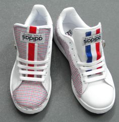 "Stan Smith ""Vive la France!""  #stansmith #adidas #vivelafrance #custom #exclusivity #handmade #sartorial #telefacciocomevuoi"