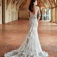 This wedding gown by @eddyk_bridal is gorgeous!!! #eddykbridal #weddinggown
