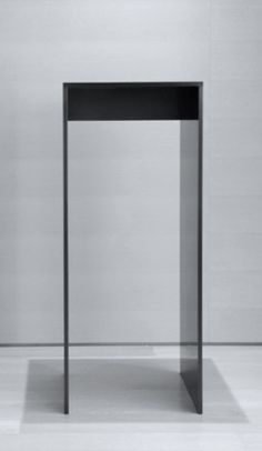 Garcia Tamjidi | GT05 Pedestal
