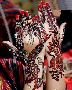 Latest Stylish Eid Hand Mehndi Designs