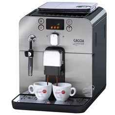 What is a super automatic espresso machine, explained. Learn everything there is to learn about super automatic espresso machine. Also included is list of top super automatic espresso machines. Machine A Cafe Expresso, Espresso Machine Reviews, Espresso Coffee Machine, Italian Espresso, Best Espresso, Italian Coffee, Cappuccino Maker, Espresso Maker, Espresso Cups