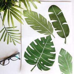"""124 Me gusta, 5 comentarios - 🌿M A R Í A🌿 (@maria_p_r) en Instagram: """"🌴Me estoy montando una selva en el taller, a ver si así estoy más fresquita 🌴…"""" Fresco, Plant Leaves, Instagram Posts, Plants, Atelier, Fresh, Plant, Planets"""