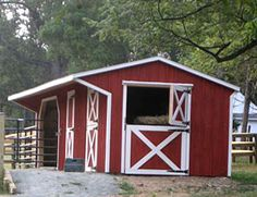 Run-in, Stall (doubles as grooming stall), and hay/grain storage.  See website for other good options.