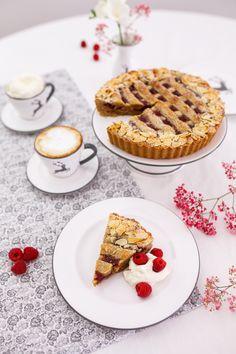 Taucht mit uns ein in die Welt der Gmundner Keramik und lasst euch inspirieren - handgefertigt seit 1492 Breakfast, Desserts, Food, Tablewares, Kaffee, Handmade, World, Recipies, Morning Coffee