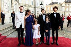I fratelli reali si riuniscono dopo un periodo estremamente difficile | CIAO! Denmark Royal Family, Danish Royal Family, Prince Felix, Princess Marie Of Denmark, Danish Royals, Crown Princess Mary, Royal House, Bridesmaid Dresses, Wedding Dresses