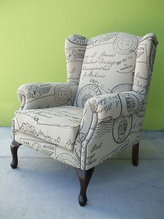wing arm chair....<3