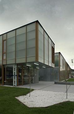 Muros Health Center / Irisarri Piñera Arquitectos
