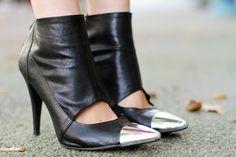 shoes cap-toe